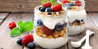 Maple Yoghurt Parfait with a Crunch