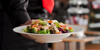 Tips for Eating Healthy at Restaurants