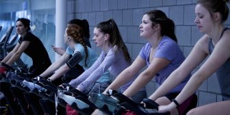 Clases de indoor cycling